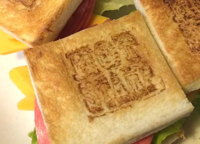 焼印入りミニサンドイッチ!!ホットスタンプオリジナル!