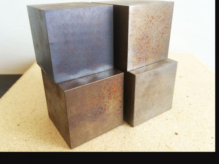 鉄の塊、エイジング加工してみました....